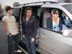 Gustaf Andersson, Henrik Nilsson, Athinkom Chompen, Elias Bengtsson, Axel Holmqvist och André Karlsson hade bilat ända från Skåne för att se showen med 50 Cent.