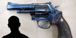 23-åringen erkänner mord och mordförsök.