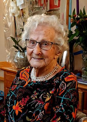 Krutgumman Agnes Boström i Älandsbro har fyllt 109 år. Servicehuset i Älandsbro var fyllt av många uppvaktande släktingar och vänner vid födelsedagen på torsdagen..