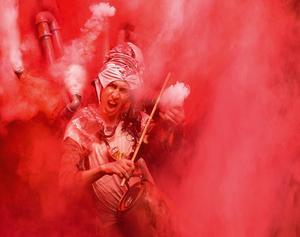 """Kompositören och multimusikern Samuel """"Looptok"""" Långbacka har gjort musiken till bland annat Cirkus Cirkör-föreställningen Limits. Foto: Mattias Edwall"""