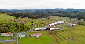 Foto: Thomas Blomqvist. Wången är idag Travsportens Riksanläggning och driver utbildningar med inriktning trav och islandhäst från gymnasium till universitet.