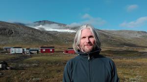 Thorsten Handler chockades när han kom upp till Helagsglaciären i år och fann att smälter i snabbare takt än han trott varit möjligt.  Foto: privat