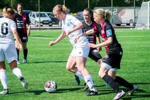 Heffners Emma Sjölén gjorde två mål i dagens match.