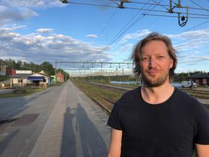 Fredrik Wikberg, en av flera resenärer som satt fast i drygt två timmar i Storlien på torsdagskvällen. Foto: Privat.