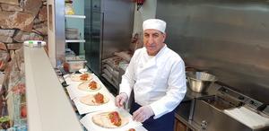 Sargon Yono öppnade sin falafelrestaurang i augusti och har redan gjort sig rykte på många platser.