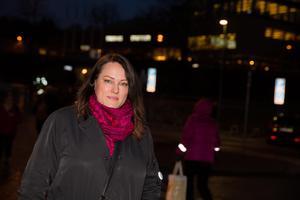 Linda Sjögren (V).