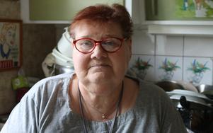 Anna-Nita kan inte hälsa på vänner eller handla själv utan färdtjänst.