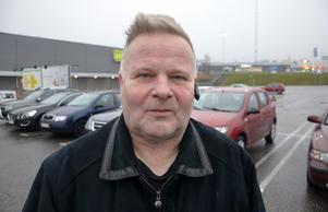 Lennart Björklund, 56, personlig assistent, Wiforsen: