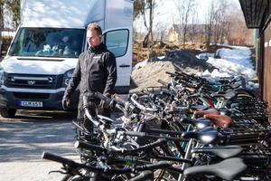 Tanken är att kunden ska tjäna en slant på att skaffa sig en förmånscykel förklarar Andreas Lindholm på Ecochange.