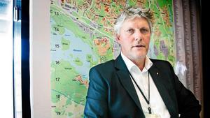 """""""Det är frustrerande"""" säger Åke Martinsson på Södertälje kommun om skadegörelsen."""