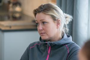 Camilla Wennstig tog på söndagsförmiddagen kontakt både med sjukhusets akutmottagning och det vaktbolag som hon tror att ordningsvakten är anställd av.