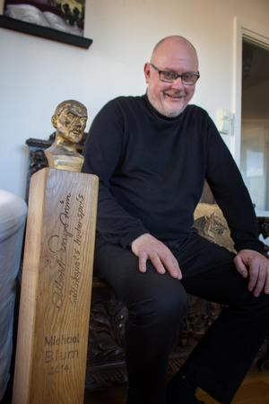 Michael Blum fick Albert Engströms-sällskapets hederspris 2014.