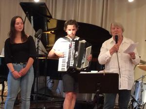 Calle Johanssons orkester gjorde succé.
