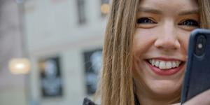 Sara Öhman tycker att företag borde vara modigare och posta mer på sociala medier.