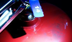 Vandalism på Eldsbodahuset. Spår efter vandlalerna. Tyvärr inga fingeravtryck eftersom de använde latexhandskar.