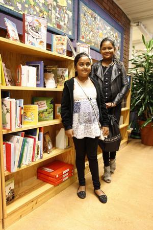 Syskonen Tuba, 8 och Tahsin, 10 hoppas kunna läsa mycket i sommar.