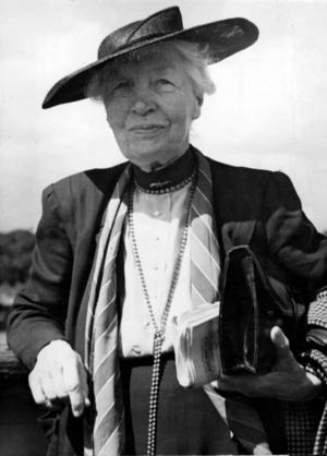 Kerstin Hesselgren från Hofors var en av de fem första invalda kvinnorna i riksdagen. Foto: TT