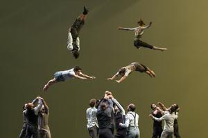 Compagnie XY inviger Göteborgs dans- och teaterfestival i år med sin nycirkusföreställning