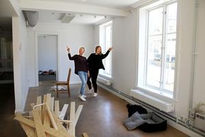 Än så länge är lokalerna vid Stora Torget tomma på inredning, men systrarna planerar att öppna första veckan i juni.