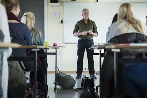Löner och arbetsmiljö viktigt när Borlänge kommun rekryterar lärare.