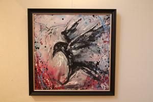 Djur av olika slag, gärna fåglar och rovdjur, är favoritmotiv för Petra Shara Stoor.