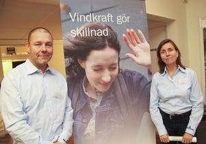 I oktober 2014 presenterade vindkraftsbolagets projektchef Dan Sandros och projektledaren Pia Hjalmarsson planerna på 15 vindkraftverk på Älgkullen.