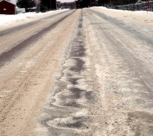 Så här såg väg 597 i Bodarna ut under trettondagshelgen.