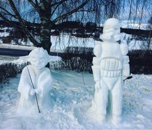 I Svärdsjö finns dessa figurer. Foto: Sara Idre