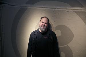 Tomas Nilsson är utställningschef på Tom Tit sedan knappt tre år. Han har i uppdrag att varsamt gå igenom hela huset, där många experiment och ytor är slitna och i behov av upprustning.
