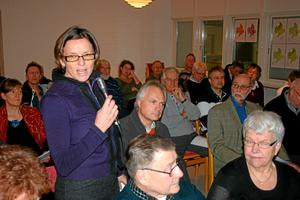 Anne Gro Egeberg, ordförande i föreningen Kilsbergskanten, hade många frågor om vindkraften.
