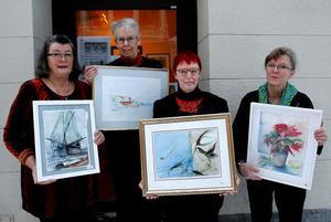 Aqua-gruppen från Hälsingland ställer ut akvareller i Sundsvall: Janet Heinonen, Maria Kanzler, Margareta Schmekel Blästa och Agneta Iveslätt Bohman.