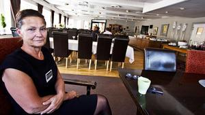 Lena Oderstad-Andersson har drivit anläggningen i snart tio år. Bilden är från augusti 2014,  efter den stora skogsbranden som gjorde Ramnäs hotell och konferens till en mittpunkt. Foto: Peter Jaslin/Arkiv.