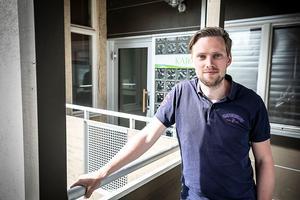 Alexander Backlund, Håsjö, han tog med sig idén om att införa en ny typ av innebandy utomhus på ett lager såpvatten.