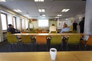 Under trygghetsmötet talade representanter från Gavlegårdarna, Gävle kommun och polisen i Gävle.