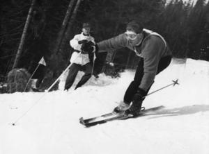 Norrmannen Stein Eriksen blev den alpine kungen när VM arrangerades i Åre 1954. Han blev världsmästare i slalom, storslalom och alpin kombination.  Foto: Scanpix