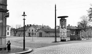 Södermalmstorg. Bilden tagen från Södra Kungsgatan. 1950.