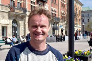 Alf Lindholm, 49, fabriksarbetare, Njurunda: