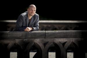 Alexander Cavalieratos debutroman har fått sitt namn från Fänrik Ståls sägner. Foto: Fredrik Hjerling