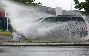 Obs! Bilden är en genrebild och alltså inte från översvämningen i Sandviken.
