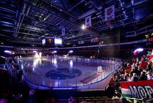 Modo Hockey hade hoppats på många helgmatcher  i Fjällräven Center under den kommande säsongen, men fick till exempel