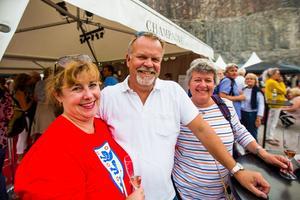 Fiona Mårtensson, Ulf Mårtensson och Carina Holmberg var på plats i Dalhalla och hade rest från västkusten för att se trion uppträda på premiärkvällen.