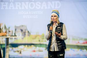 Mia Karlsson berättar om den hektiska tid som följt efter dottern Fridas genombrott på skid-VM.