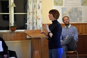 Kraftös representant Emelie Johansson berättade om de föreslagna ändringarna.