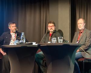 Tre deckarherrar där Jonas Kihlman (t v) föll pladask för Höga Kusten och skriver om den, medan Björn Persson och Olle Håkansson rör sig i Sundsvall med sina kriminalfall.