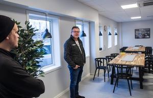 Fikarummet  är betydligt större i det nya huset, visar vd Klas-Åke Sundberg.