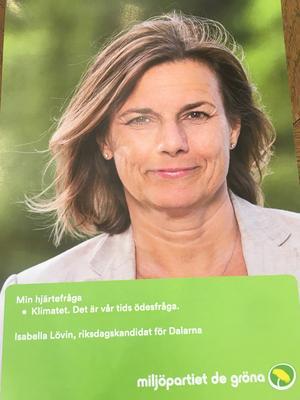 Miljöpartiets Avestabördiga språkrör Isabella Lövin, som toppar partiets riksdagslista i Dalarna, lyfter fram miljö- och klimatfrågan. Foto: Miljöpartiet