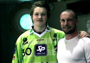 Målvakten Anton Svensson är en av flera spelare som lämnar Edsbyn för spel i Rättvik.