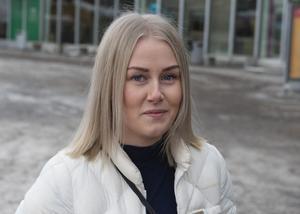 Viktoria Wallström, 24, säljare, Sundsvall