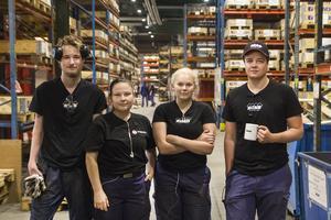 Nästa generationens svetsare och CNC-operatörer. Från vänster: Jesper Wallin, Lovisa Fahlström, Frida Nilsson och Dennis Thörnvall. Saknas gör Kim Söderholm.