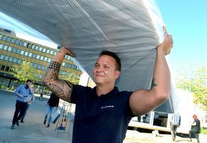 Andreas Häggström i lyftartagen.
